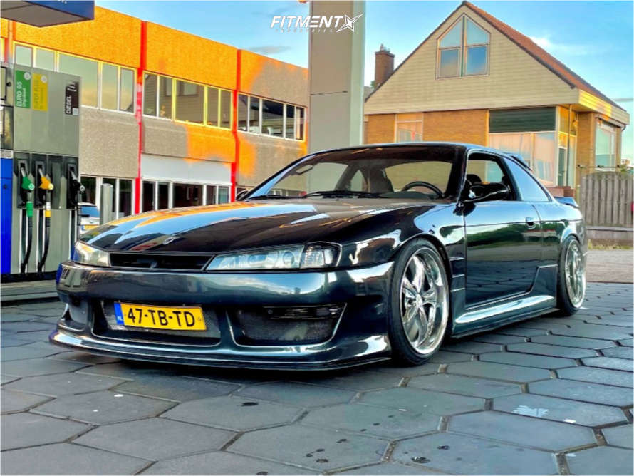 1994 NISSAN 240SX SE running Work Vs KF wheels, Toyo Tires Proxes T1r tires, and HSD Coilovers