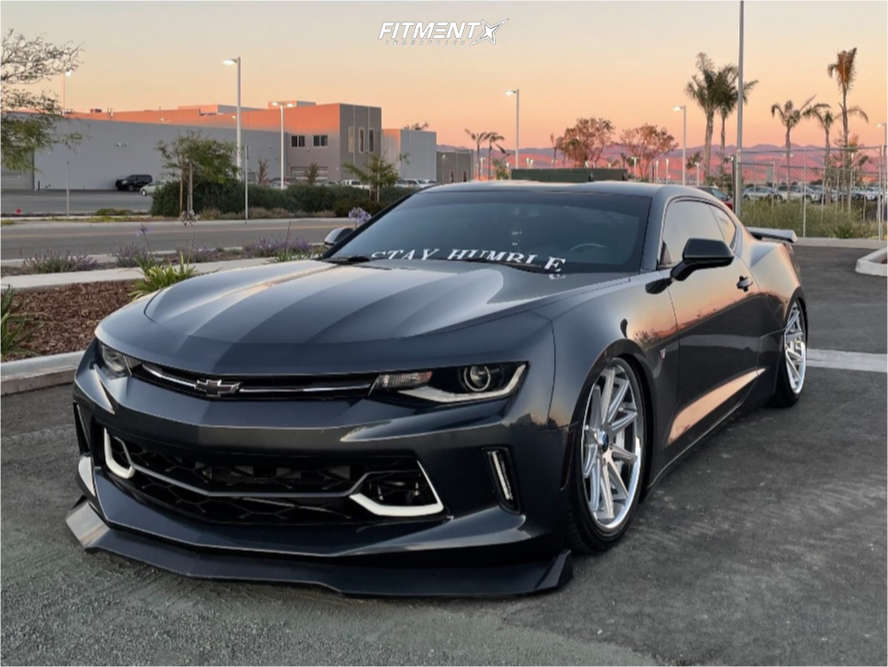 2016 CHEVROLET CAMARO LT with Rohana Rc10wheels, Delinte D7 Thunder tires, and Air Lift Performance Air Suspension
