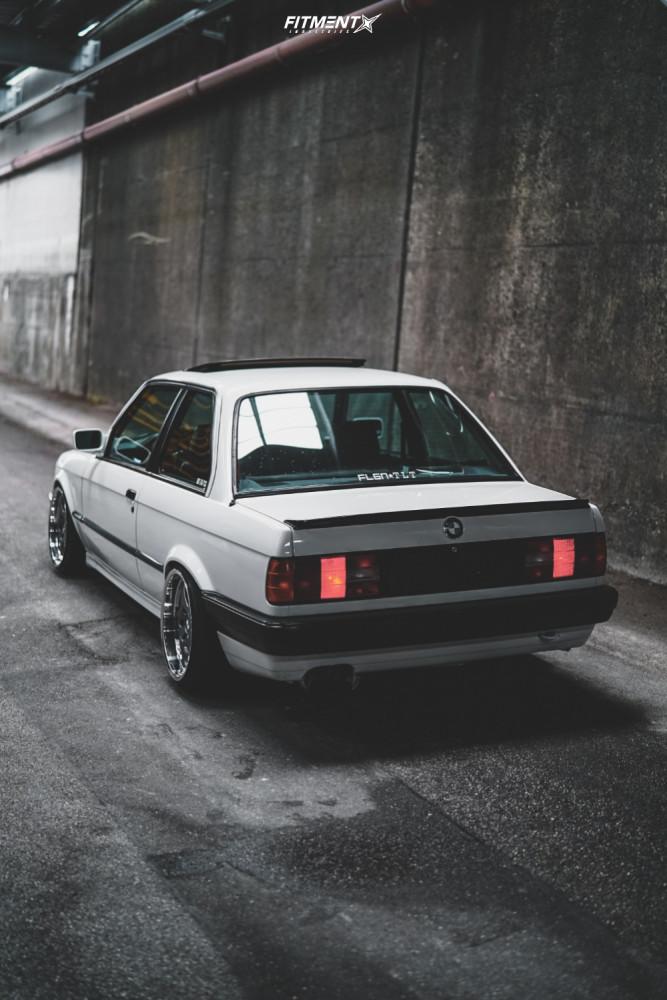 1988 BMW 325I BASE