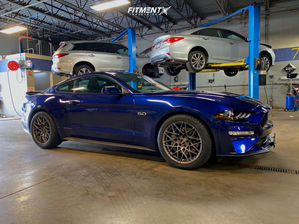 2020 Ford Mustang with RTR Tech Mesh wheels, Continental ExtremeContact DWS06 Plus tires, and Stock suspension