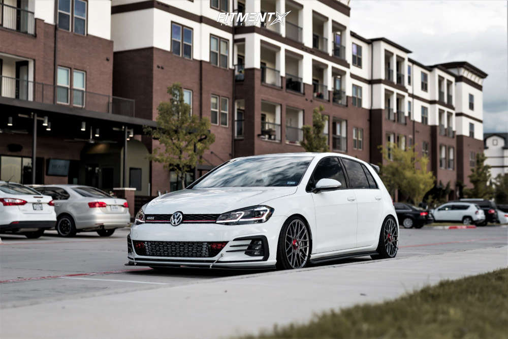 White 2018 GTI S with the Rotiform RSE with Federal 595 RS-R and coilovers